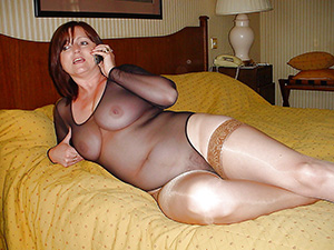video femme poilue escort girl cognac